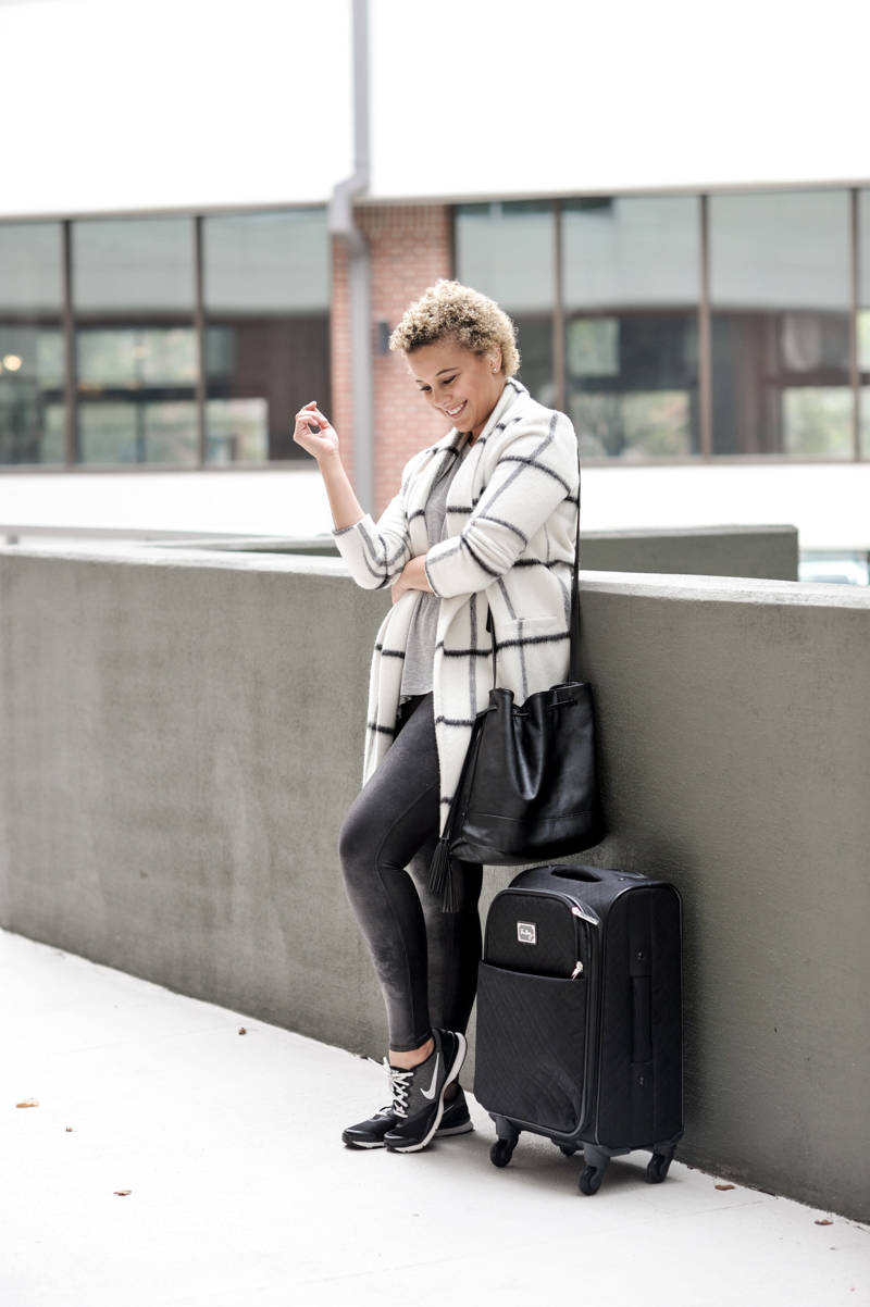 The Perfect Easy Travel Outfit | Fashionably Lo