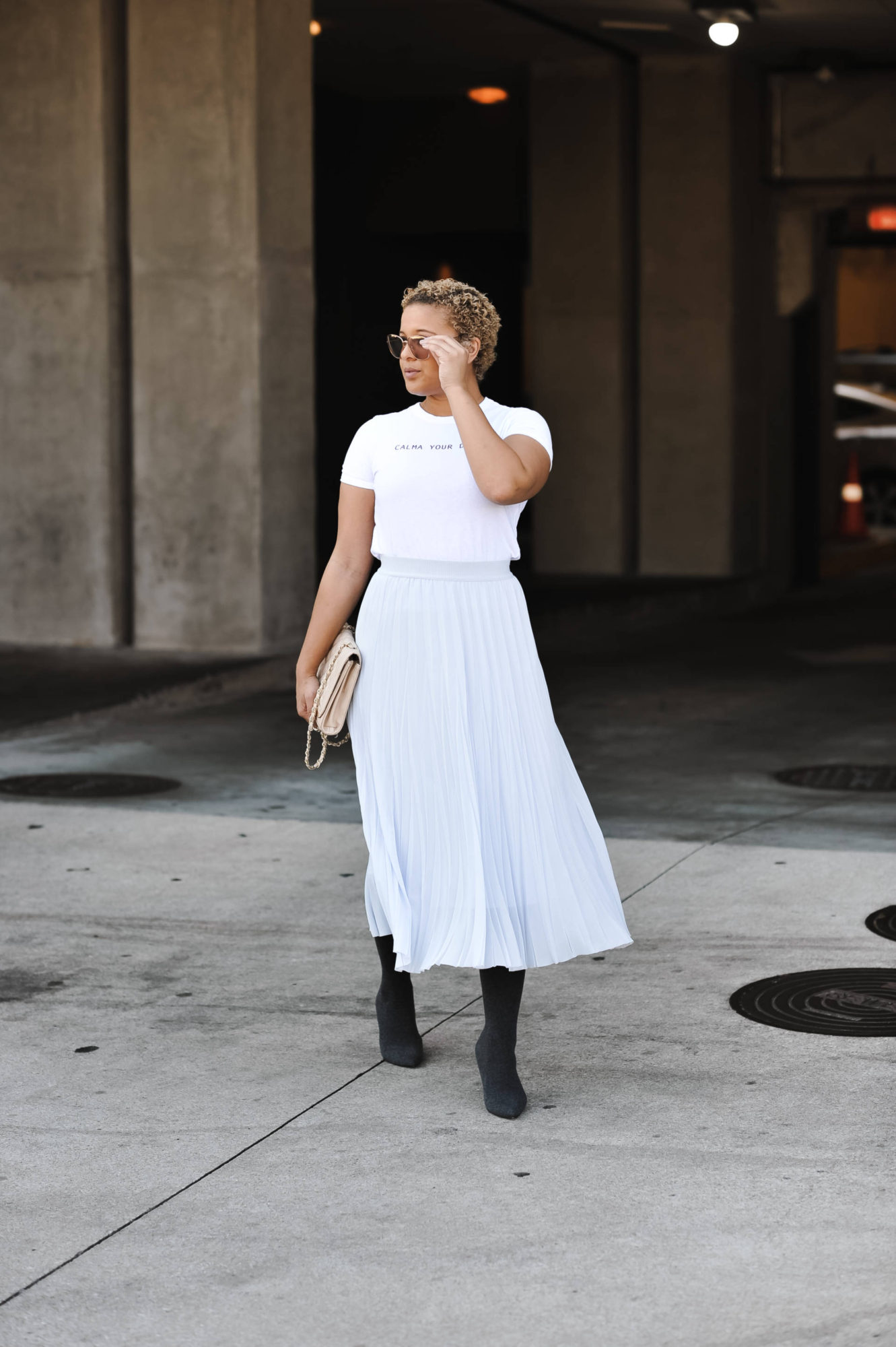 How to Style the Perfect Pleated Midi Skirt Outfit